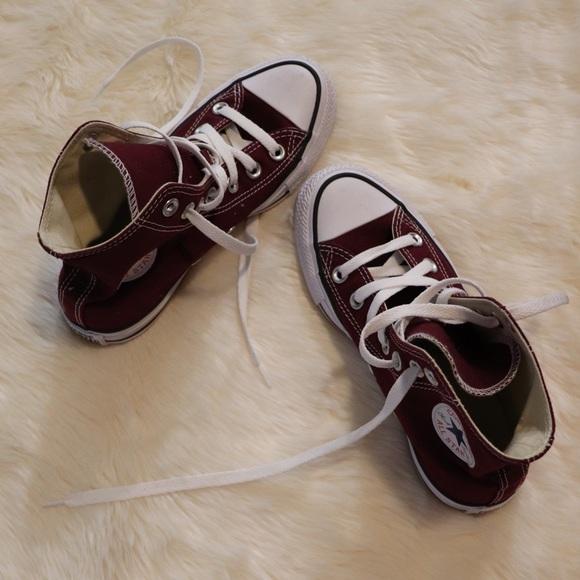 Converse Shoes   Maroon Converse Chuck